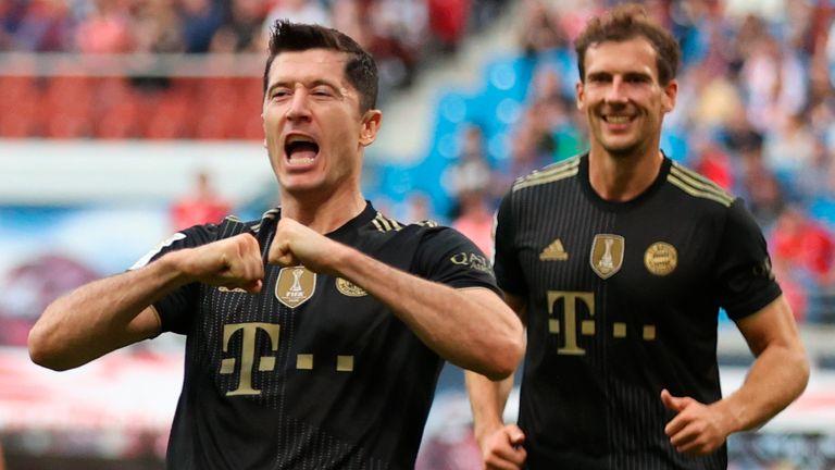 Robert Lewandowski was in the goals once again