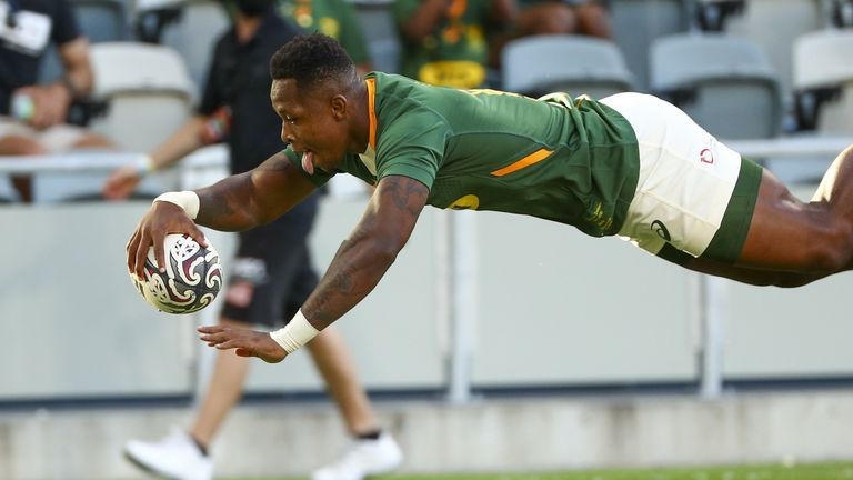 The Springboks hit back through S'bu Nkosi after a poor defensive lapse from George Bridge