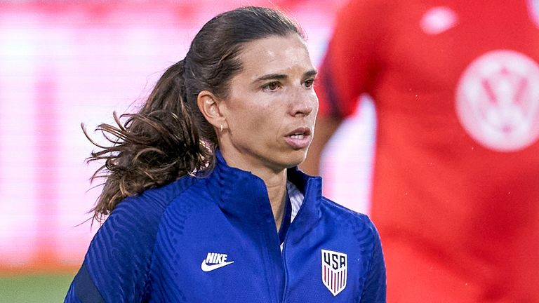 EAST HARTFORD, CT - JULY 01: United States midfielder Tobin Heath (7) looks on during warmups prior to action during a friendly match between USA and Mexico on July 01, 2021, at Pratt & Whitney Stadium at Rentschler Field, in East Hartford, CT. (Photo by Robin Alam/Icon Sportswire)