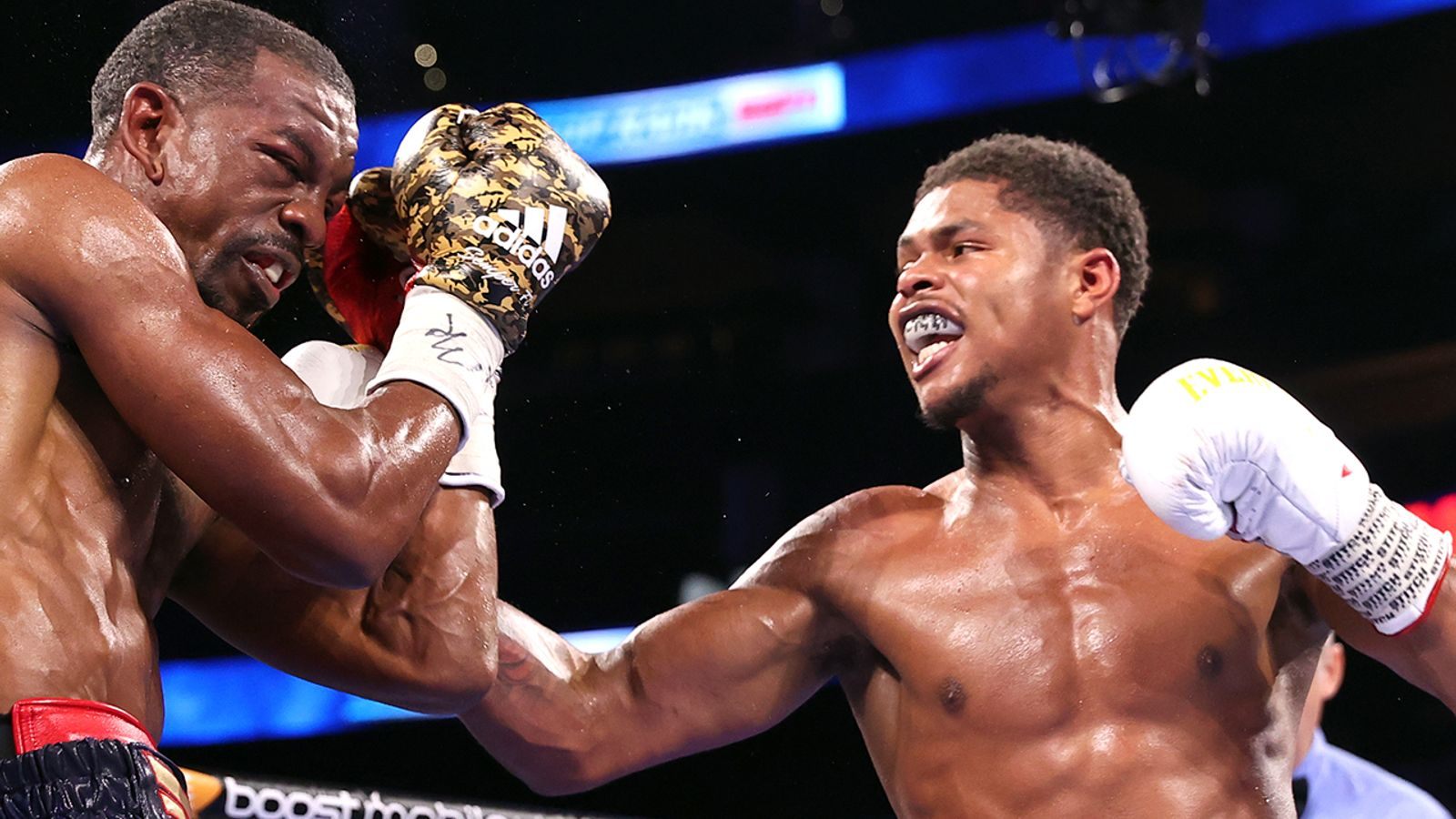 Shakur Stevenson stops Jamel Herring in 10 rounds of world super-featherweight title fight in a breakthrough performance