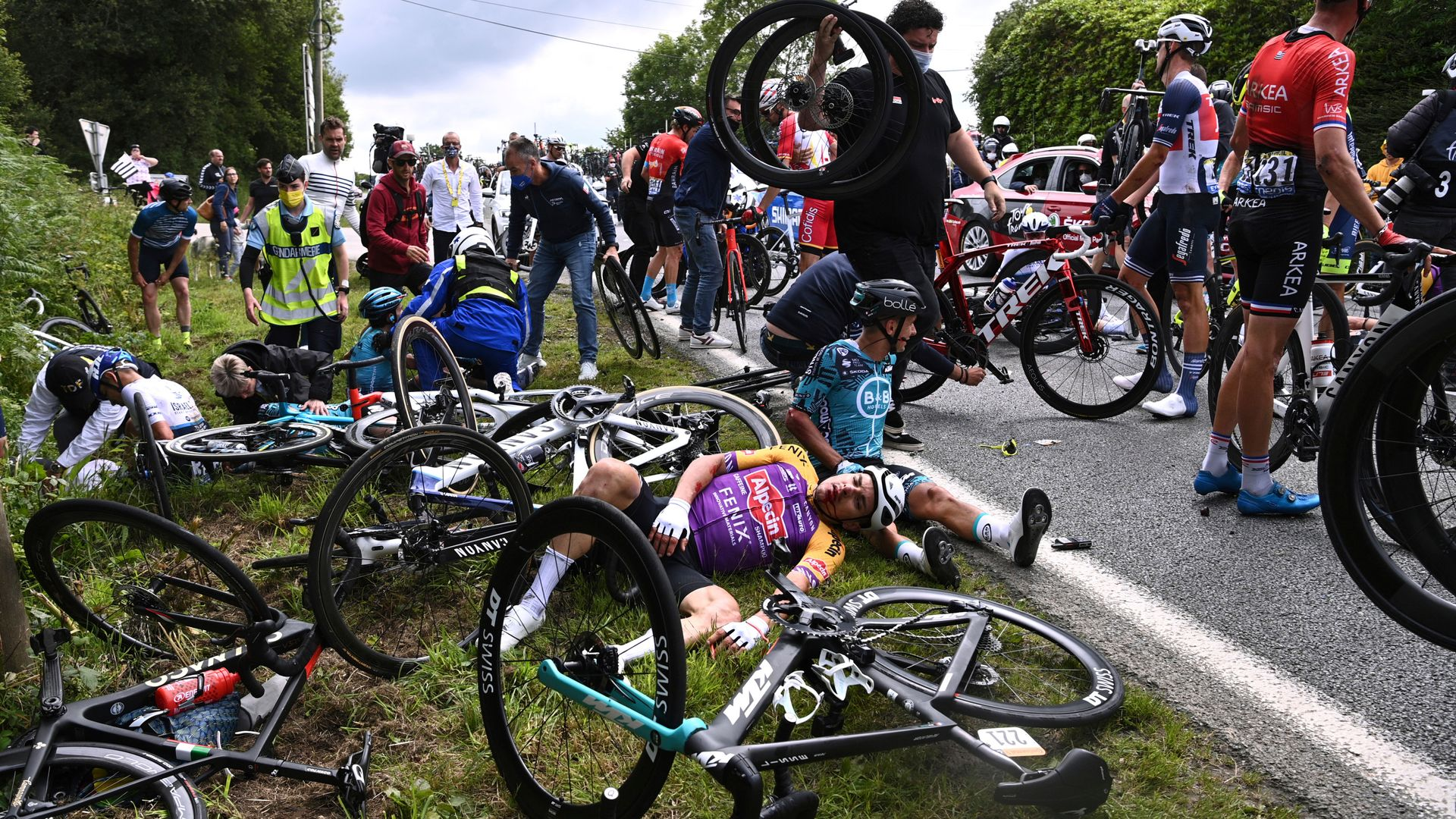 Fan who caused Tour de France crash goes on trial