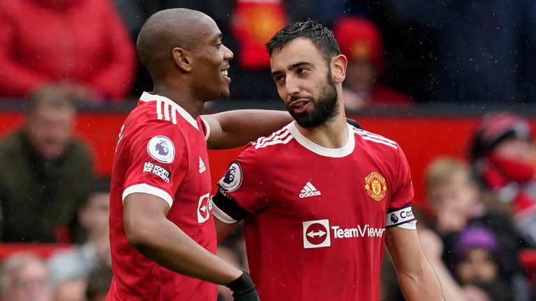 Anthony Martial celebrates scoring the first goal with Bruno Fernandes (Andrew Yates/CSM via ZUMA Wire)