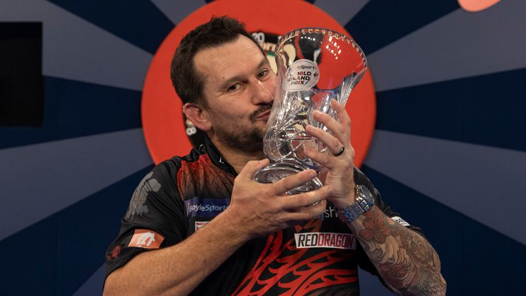 Jonny Clayton Says Fans Booing Gerwyn Price Are 'Down', Discusses His Grand Prix Triumph    Darts News