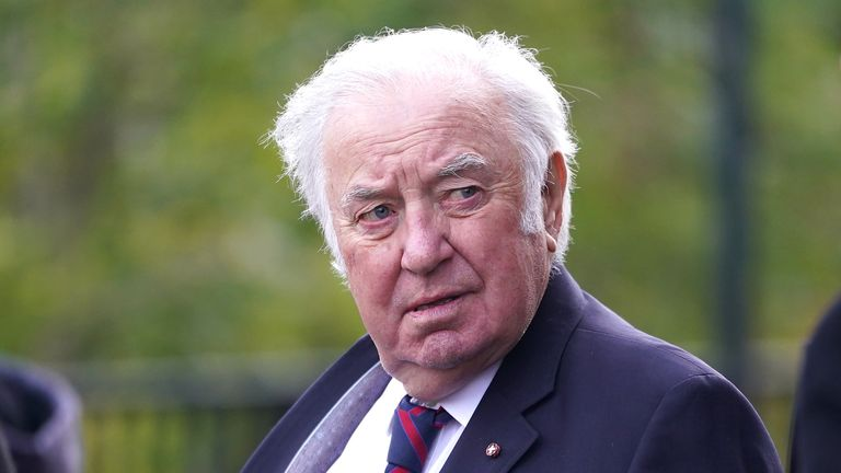 Comedian Jimmy Tarbuck, a friend of Roger Hunt's, was one of many who paid tribute to the former Liverpool player.