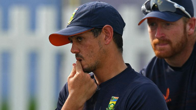 Quinton de Kock withdrew from the South Africa team before their World Cup match against West Indies
