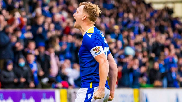 PERTH, SCOTLAND - OCTOBER 02: Liam Craig celebrates in front of the fans during his 422nd appearance for St Johnstone during the cinch Premiership match between St Johnstone and Dundee at McDiarmid Park on October 02, 2021, in Perth, Scotland. (Photo by Roddy Scott / SNS Group)