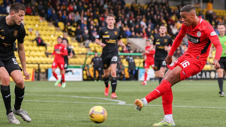 LIVINGSTON, SCOTLAND - OCTOBER 02: St Mirren's Ethan Erhahon makes it 1-0 during the cinch Premiership match between Livingston and St Mirren at the Tony Macaroni Arena on October 02, 2021, in Livingston, Scotland.  (Photo by Alan Harvey / SNS Group)