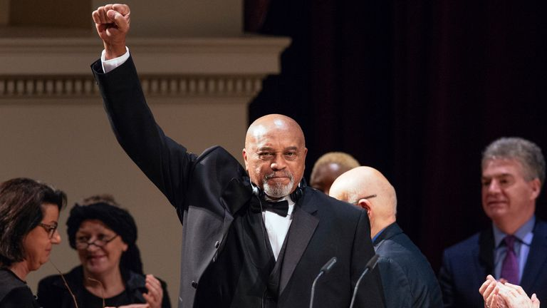 Smith won the Dresden Peace Prize  for his lifelong fight against racism in 2018