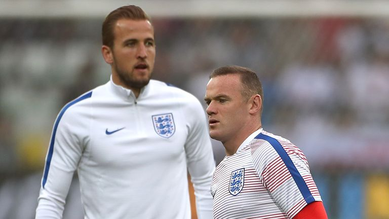 Rooney says the outcry over Kane's recent performances has been overblown